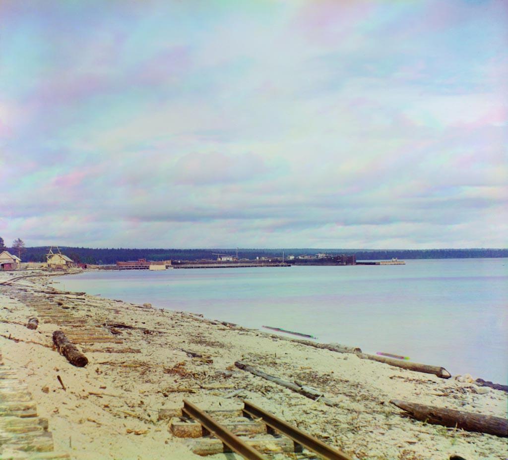 """Мурманская железная дорога. следующая.   """"Деревня Ловась-Губа на большой губе Онежского озера. предыдущая."""